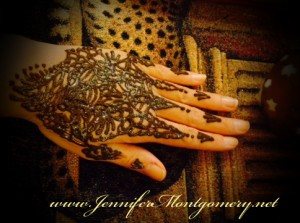 Henna Hand Body Art in Wilmington Delaware by Henna Artist Jennifer Montgomery of CrazyFaces Face Painting in Philadelphia PA, Delaware, New Jersey and Key West FL